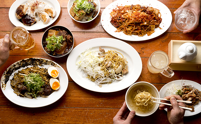 Although we specialize in yakisoba, you can enjoy yourself just like being in an ordinary izakaya pub.
