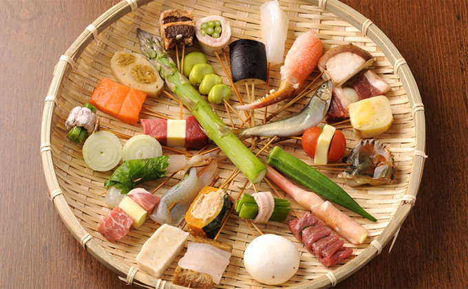 Enjoy the variations of Japanese foodstuffs.
