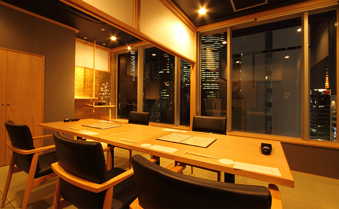 Cozy and modern Japanese private rooms