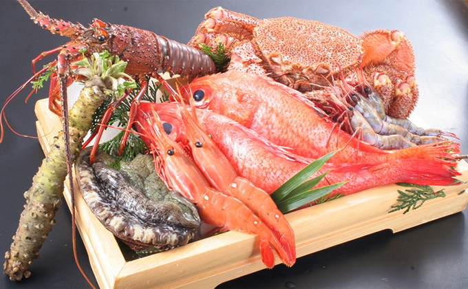 We contemplatively select fresh seafood directly sourced from markets.