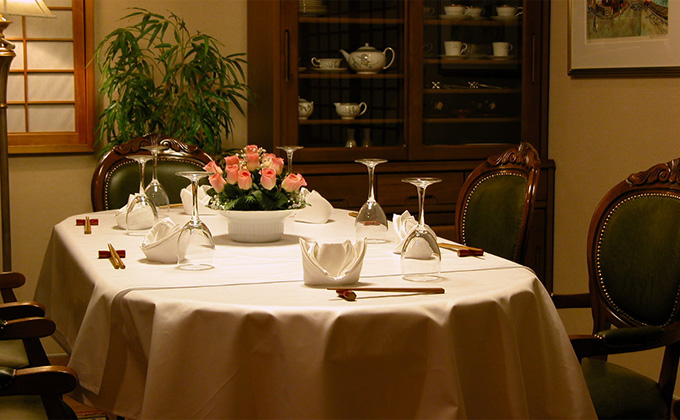 We have private rooms with tables and chairs.