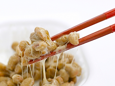 Natto (fermented soy beans)